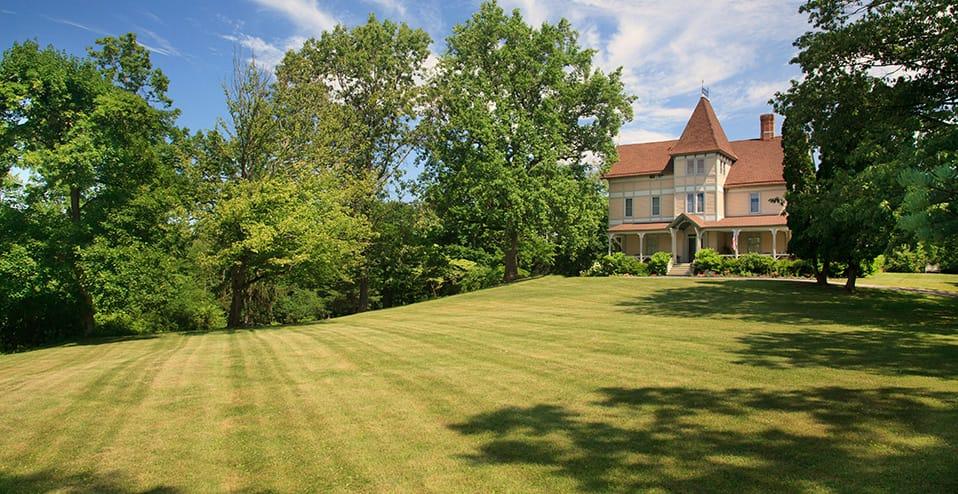 hudson ny bed and breakfast hudson b b mount merino manor. Black Bedroom Furniture Sets. Home Design Ideas